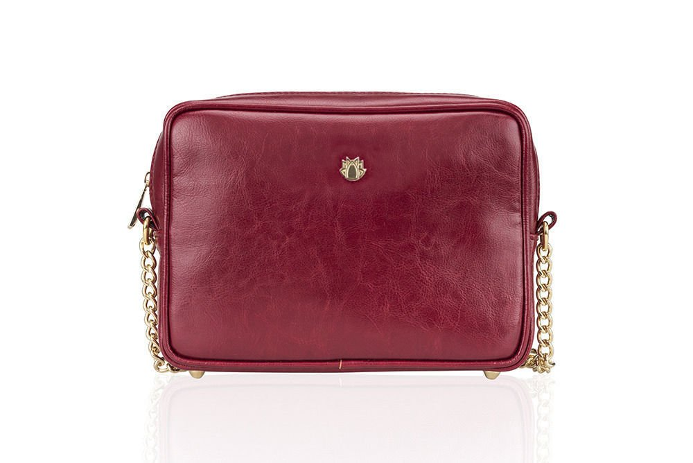 7ebcc8f76b2d3 Genuine leather women s crossbody Florence burgundy Click to zoom ...
