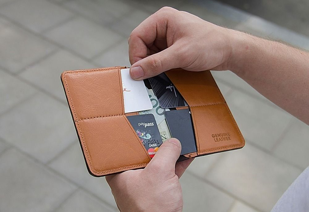 77692db27ff78 ... Slim leather men s wallet SOLIER SW10 SLIM LIGHT BROWN Click to zoom ...