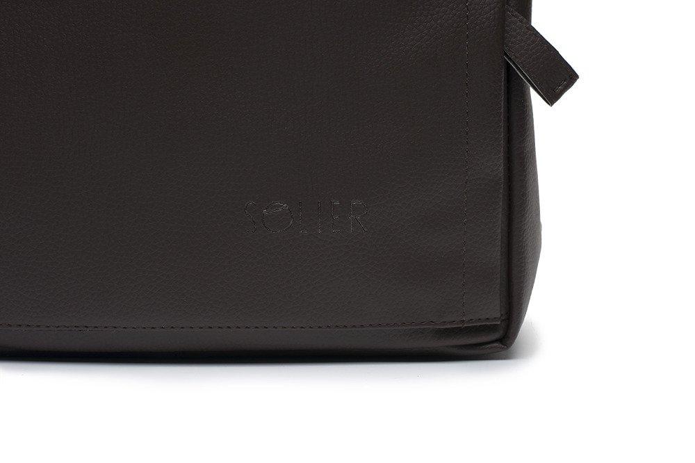 72235b2dc7f18 ... Brązowy elegancki plecak miejski Solier FORRES Kliknij, aby powiększyć  ...