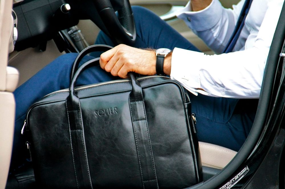 44a6c13926032 ... Skórzana męska torba na laptopa Solier SL20 EDYNBURG Kliknij, aby  powiększyć